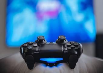Аксессуары к PlayStation 4